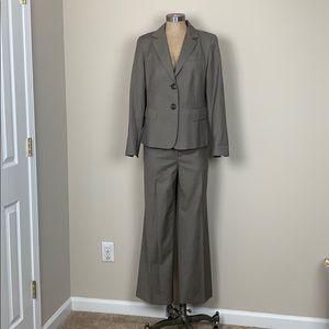 Lafayette 148 NY 2 piece Suit Size 8 Wool Blend
